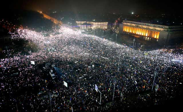 Leutar.net POLA MILIONA Rumuna na ulicama: Traže smjenu vlade, a vlada neće da ide