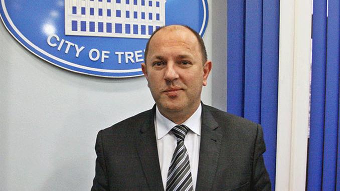 Leutar.net Petrović: Izbaciti politiku iz lokalnih zajednica