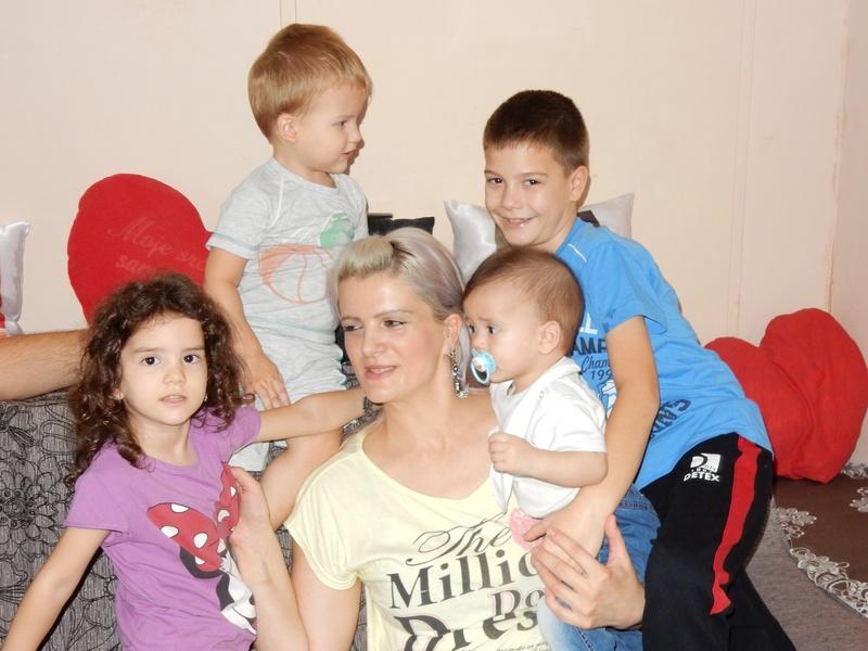 Leutar.net Ima 32 godine, sedmoro djece i dom pun ljubavi