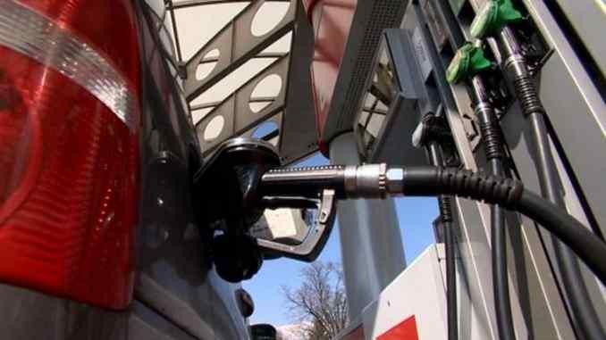Leutar.net Od sutra jeftinije gorivo na pumpama u Federaciji!?