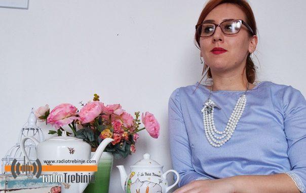 Leutar.net Unikatni nakit Trebinjke Olje Dabić: OGRLICE PREŠLE OKEAN