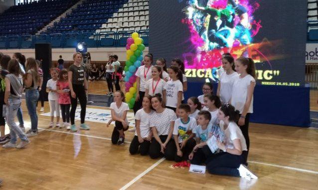 "Leutar.net Dvije zlatne medalje za plesni klub ""Maris"" u Nikšiću"