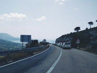 Leutar.net Djevojka na granici prema Dubrovniku upoznala momka, zatrudnila i otvorila bolovanje