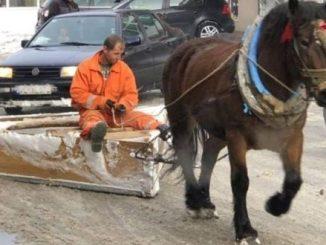 Leutar.net Ovako se u Crnoj Gori u 21. vijeku čisti snijeg!