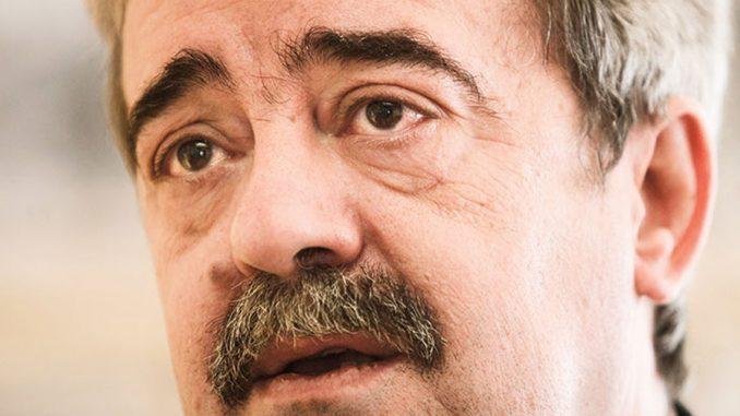 Leutar.net Preminuo Momir Bulatović