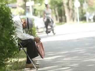 Leutar.net Šta penzioneri MOGU KUPITI za 2 odsto VEĆU PENZIJU