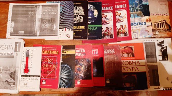 Leutar.net Prodajem očuvane knjige za prvi razred gimnazije