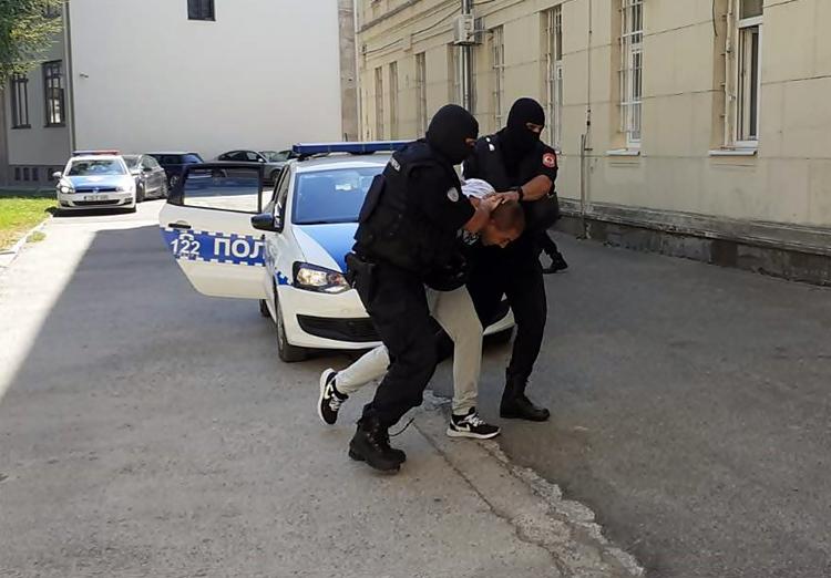 """Leutar.net U akciji """"Trag"""" uhapšeno šest Trebinjaca i Fočak, jedan Trebinjac pobjegao (FOTO)"""