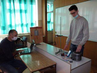 Leutar.net Gimnazijalac Radoš Radovanović najbolji u takmičenju iz fizike u Aleksincu