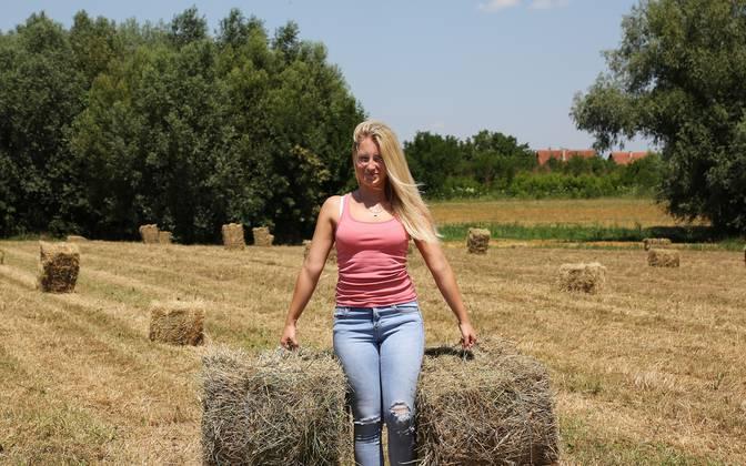 Leutar.net Cura za ženiti: Djevojka (20) ima svoj traktor (FOTO)