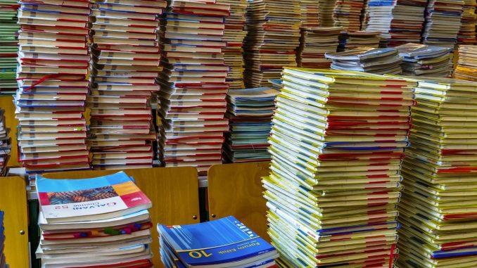 Leutar.net Grad Dubrovnik već treću godinu zaredom sufinancira udžbenike za srednjoškolce