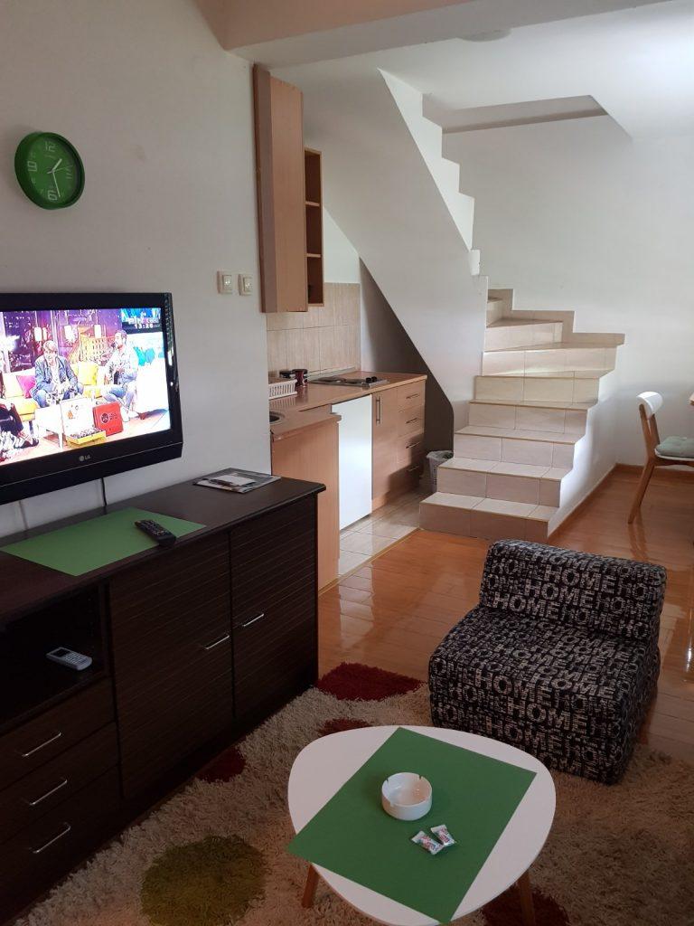 Leutar.net Izdajem namješten stan na Tini - Trebinje