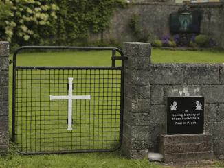 Leutar.net Još jedno mračno poglavlje crkve: Šta je otkrila istraga o smrti 9.000 dece u domovima