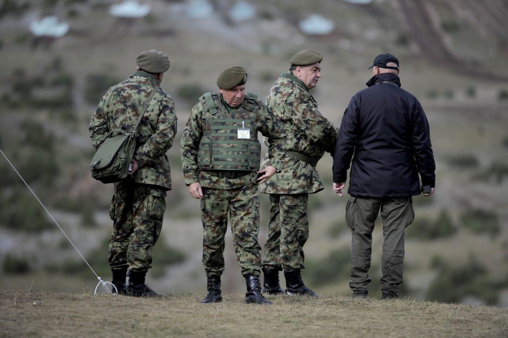 """Leutar.net Šta su Srbi naučili u vojsci: """"Da slušam gluplje od sebe"""""""