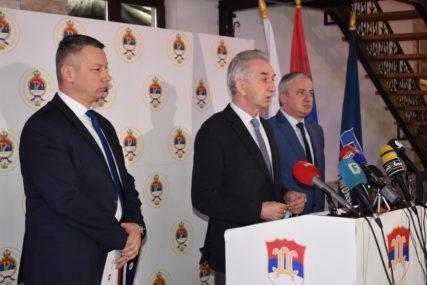 Leutar.net Zajednička izjava SDS, PDP i DNS: Što prije do nove većine u Narodnoj skupštini Republike Srpske