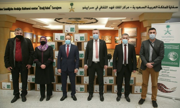 Leutar.net Kraljevina Saudijska Arabija donirala je danas 50 tona datula građanima BiH