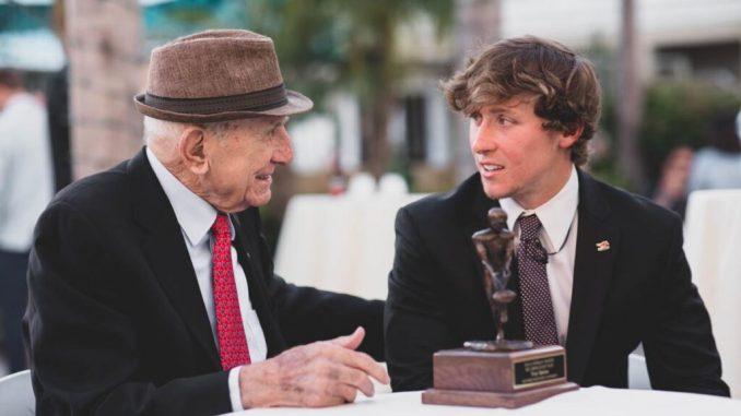 Leutar.net IMAO SE RAŠTA I RODITI: Hercegovac (95) iz Kalifornije usrećio mnoge potcenjene sportiste i pružio im pet minuta slave!