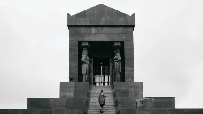 Top 5 lokaliteta Beograda, Spomenik neznanom junaku,
