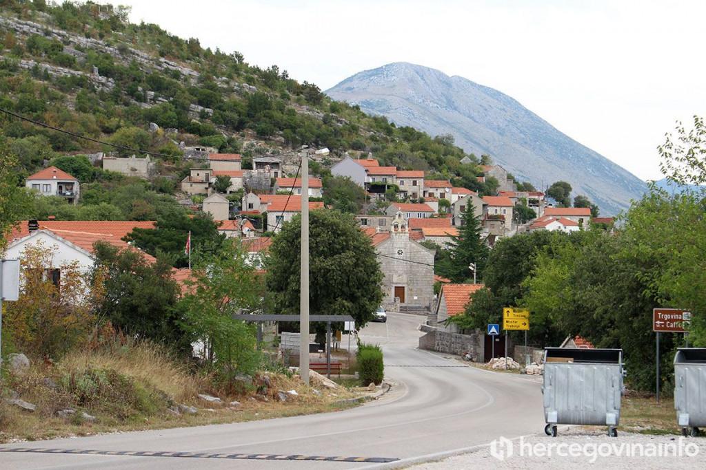 Leutar.net Opština u Hercegovini gdje vas čeka posao i stan, do 8.000 maraka za novorođenče…