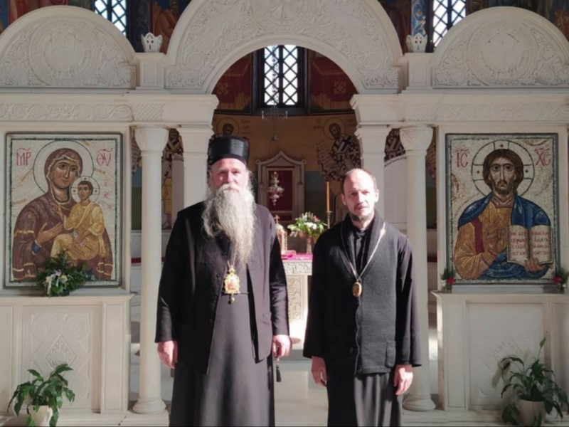 Leutar.net Episkop Joanikije posjetio obolјelog umirovlјenog Episkopa Atanasija