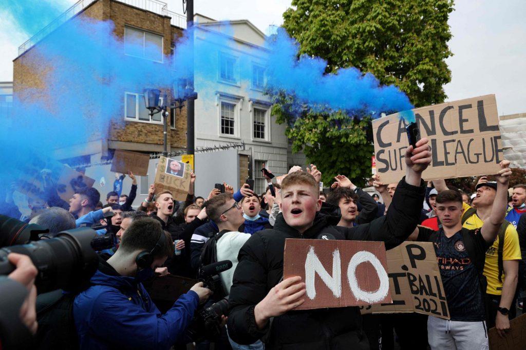Leutar.net Drama na ulicama Londona, opkoljen Stamford Bridge