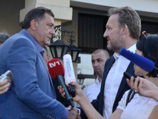 Leutar.net Predstava za narod: Zapaljiva retorika Dodik - Izetbegović trajaće do izbora?!