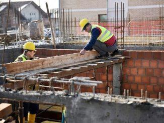 Leutar.net Dvije trećine radnika u Srpskoj prima platu ispod prosjeka