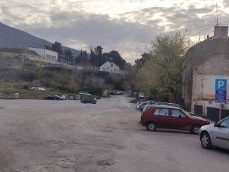 Leutar.net Od danas se naplaćuje i parking u Sjevernom logoru