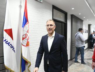 Leutar.net Luka Petrović mijenja Nebojšu Stefanovića u SNS?