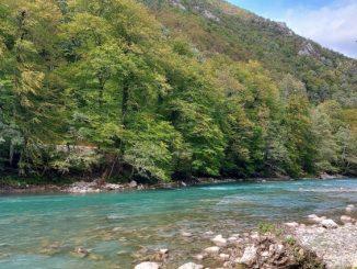Leutar.net Ekolozi, kajakaši i rafteri traže zaustavljanje planova za izgradnju brana na Drini: HE na gornjoj Drini su prijetnja po životnu sredinu i zdravlje!