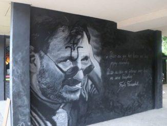 Leutar.net Ustaškim obilježjem oskrnavljen mural Balaševiću
