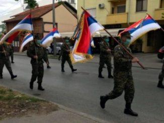 """Leutar.net Dan vojske u Bijeljini: """"Tata, tata. Ko su ove čike?"""""""