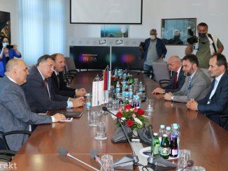 Leutar.net Dodik: One koji ne budu mogli da plaćaju skuplju struju pomoći će država