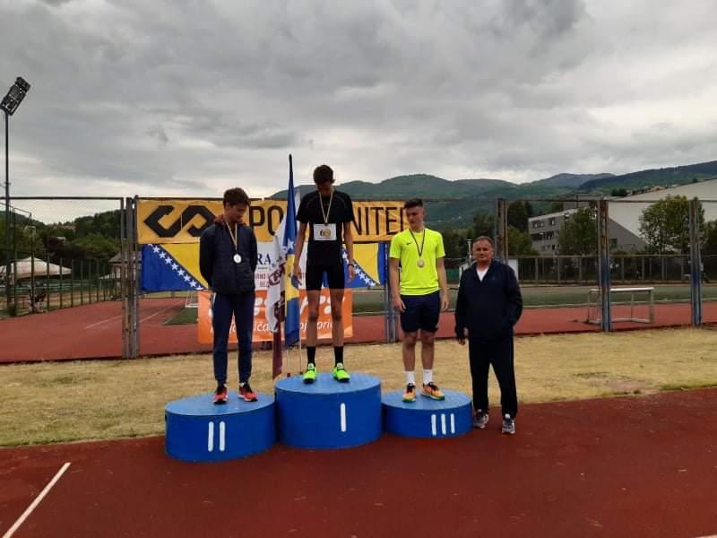 Leutar.net Marko Šuković preskočio nevjerovatnih 208 cm