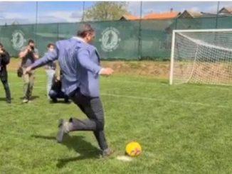 Leutar.net Vučić dao gol, pa rekao golmanu...