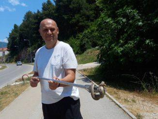 Leutar.net Trebinje: Za dva dana ulovljena dva poskoka: Zmije se penju i na balkone