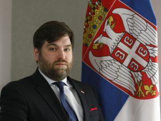 Leutar.net Ambasador Srbije potrošio 9.000 evra u kafani za dva mjeseca