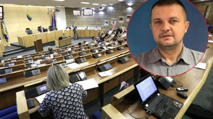 Leutar.net Bio Hrvat pa postao Srbin, sve u korist političkog angažmana