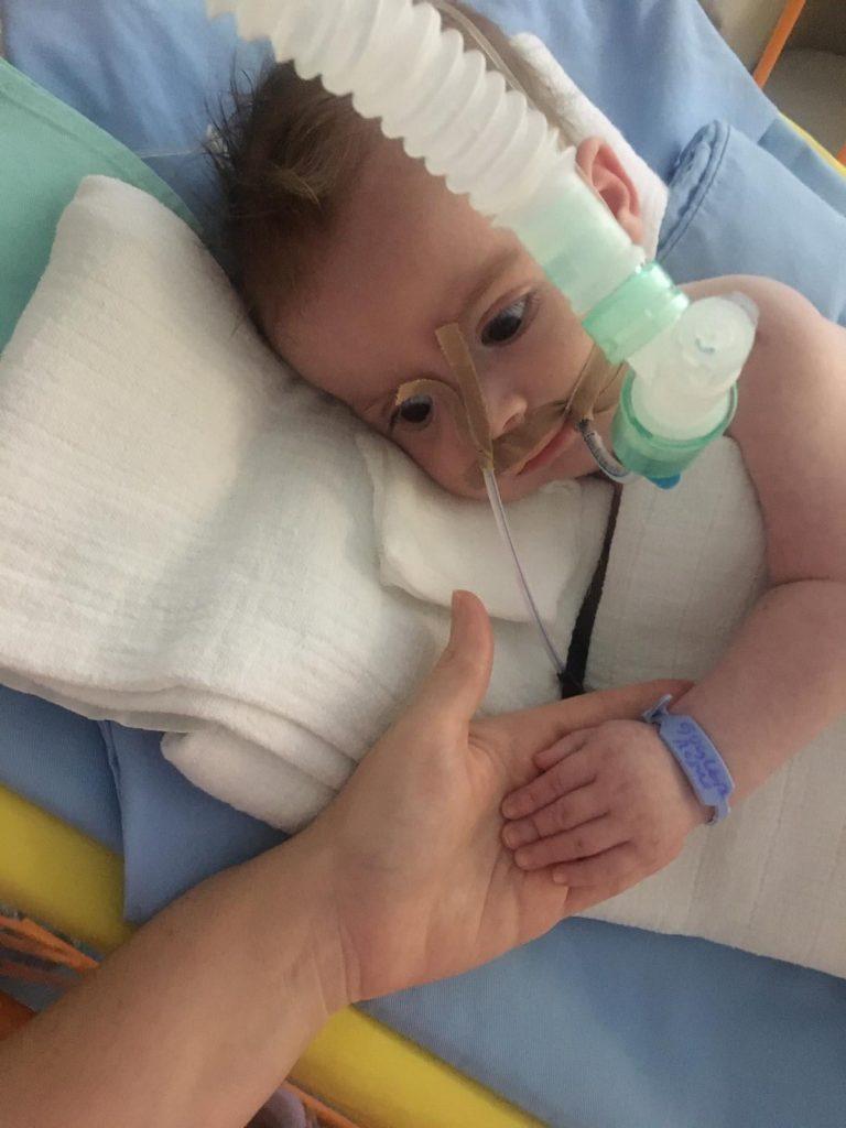 Leutar.net Pomozimo malom Bošku da pobijedi tešku bolest - lijek postoji!