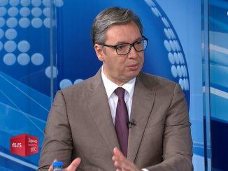 Leutar.net Vučić: U ferbruaru poklon penzionerima – 20.000 dinara