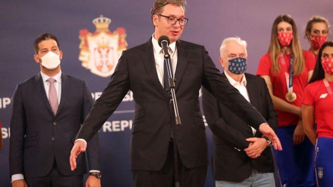 """Leutar.net Vučić: """"Vic je da sam se video s Belivukom u Predsedništvu, tragikomedija da naručujem skandiranje…"""""""