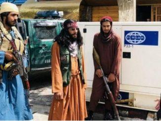 Leutar.net Modno osviješteni talibani poziraju u skupocjenim krpicama