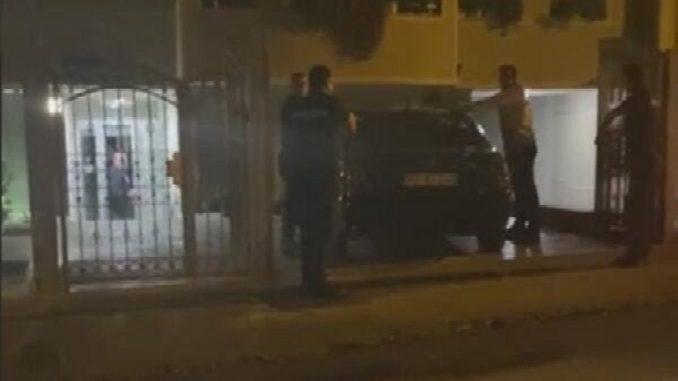 Leutar.net Krivokapićeva porodica napušta Srbiju: Policija navodno repetirala pištolj na premijerovog sina?
