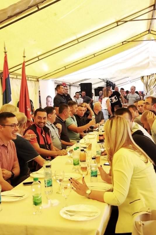 Leutar.net Prve fotografije sa opštenarodnog veselja u Doboju