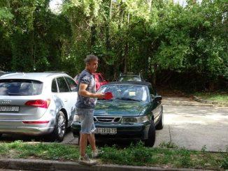 Leutar.net Sergeju Trifunoviću u Mostaru demolirali automobil