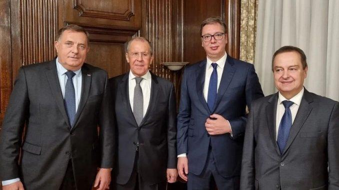 Leutar.net Vučić objavio fotografiju uoči večere sa Dodikom i Lavrovom: Biće lepo veče, samo ja ne mogu da jedem...